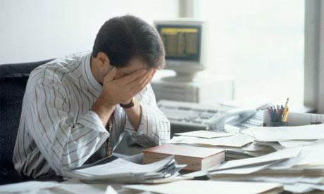 làm việc mệt mỏi căng thẳng dẫn đến bệnh yếu sinh lý
